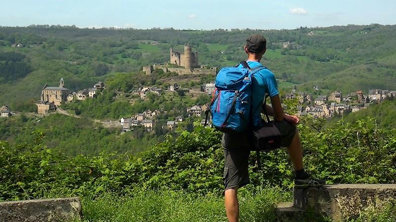 Najac randonnée château forteresse