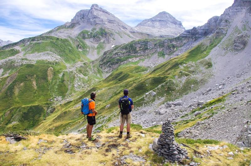 Trek des 3 Vallées, le Pas d'Azun, le Pic d'Anie, le Countendé