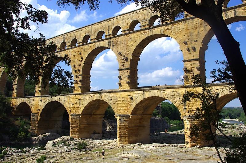 Le Pont du Gard, cet incroyable vestige de l'Antiquité qui a traversé les âges jusqu'à aujourd'hui. Une claque !