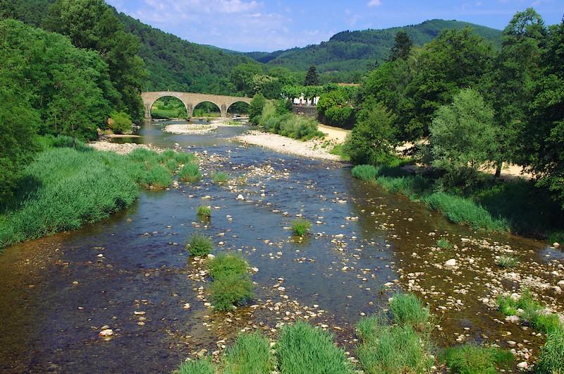 Le Gardon et le Pont Vieux à Saint-Jean-du-Gard